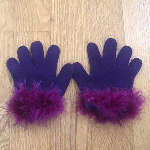 Purple Gloves w/ Feathers on Wrist 💜